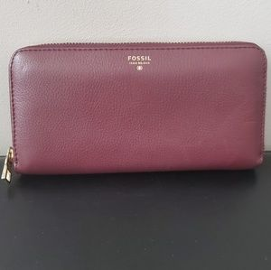 Fossil Burgundy Wallet
